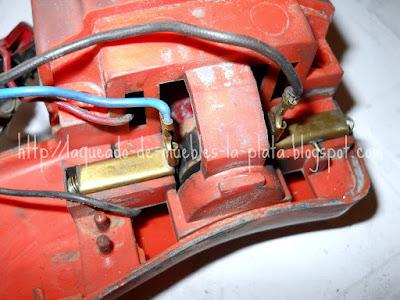 Cambiar carbones viejos agujereadora o talador
