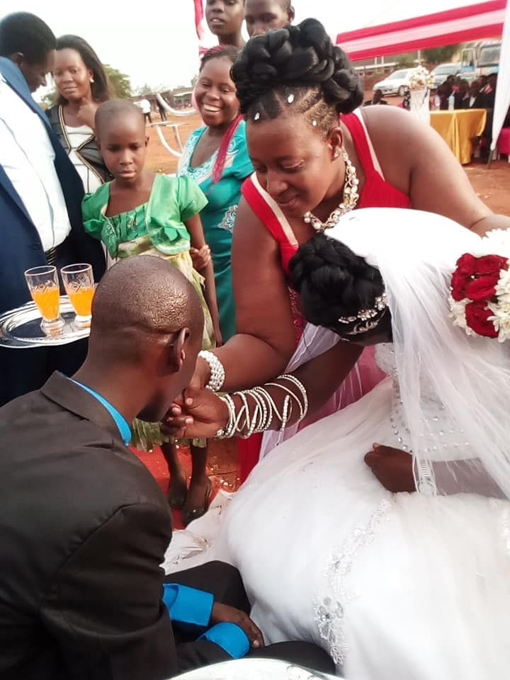 forc%2B6 - WOMAN shocks people at wedding, she looks so sad on the big day, Was she forced?(VIRAL PHOTOs).