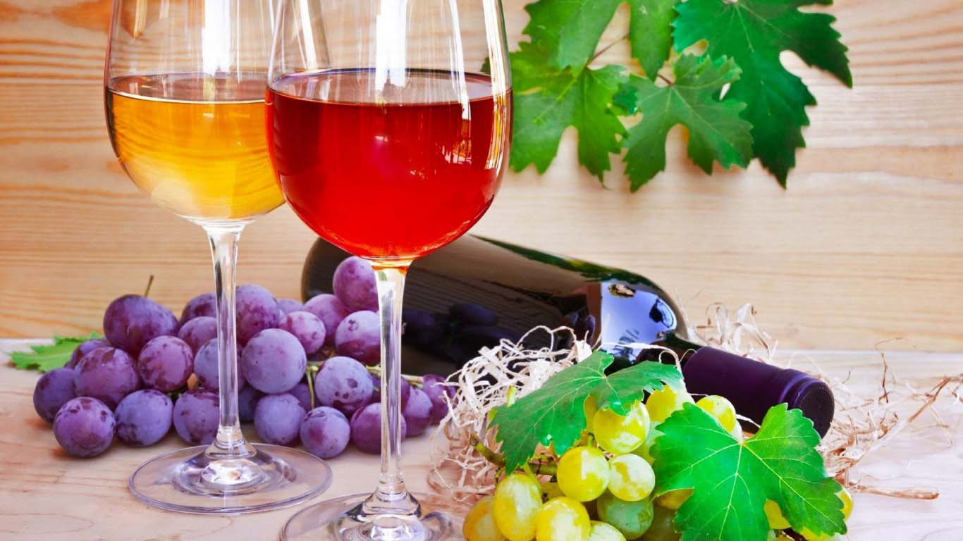 merah-kuning-anggur-dibuat-oleh-hitam-graps-gambar