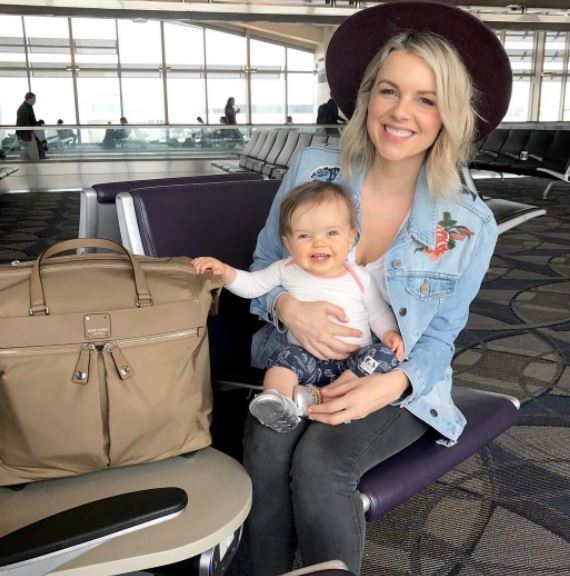 Ali Fedotowsky and Baby Daughter