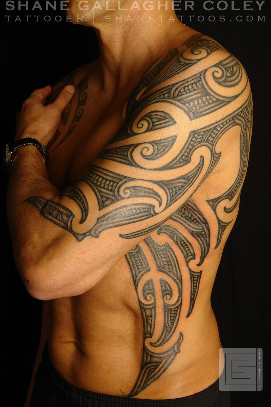 Biomechanik Tattoo Ganzer Arm maori tattoo arm kosten - best tattoo ideas