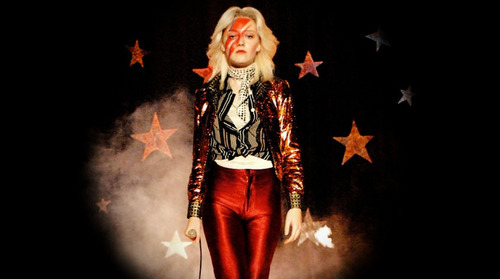 the runaways scene cherie currie as david bowie
