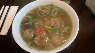 Delicious Pho Small Rare Beef with Beef Ball Pho