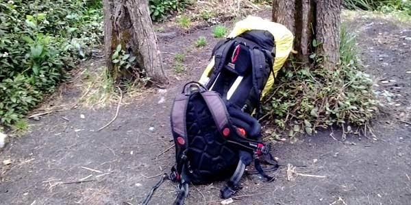 perlengkapan mendaki gunung