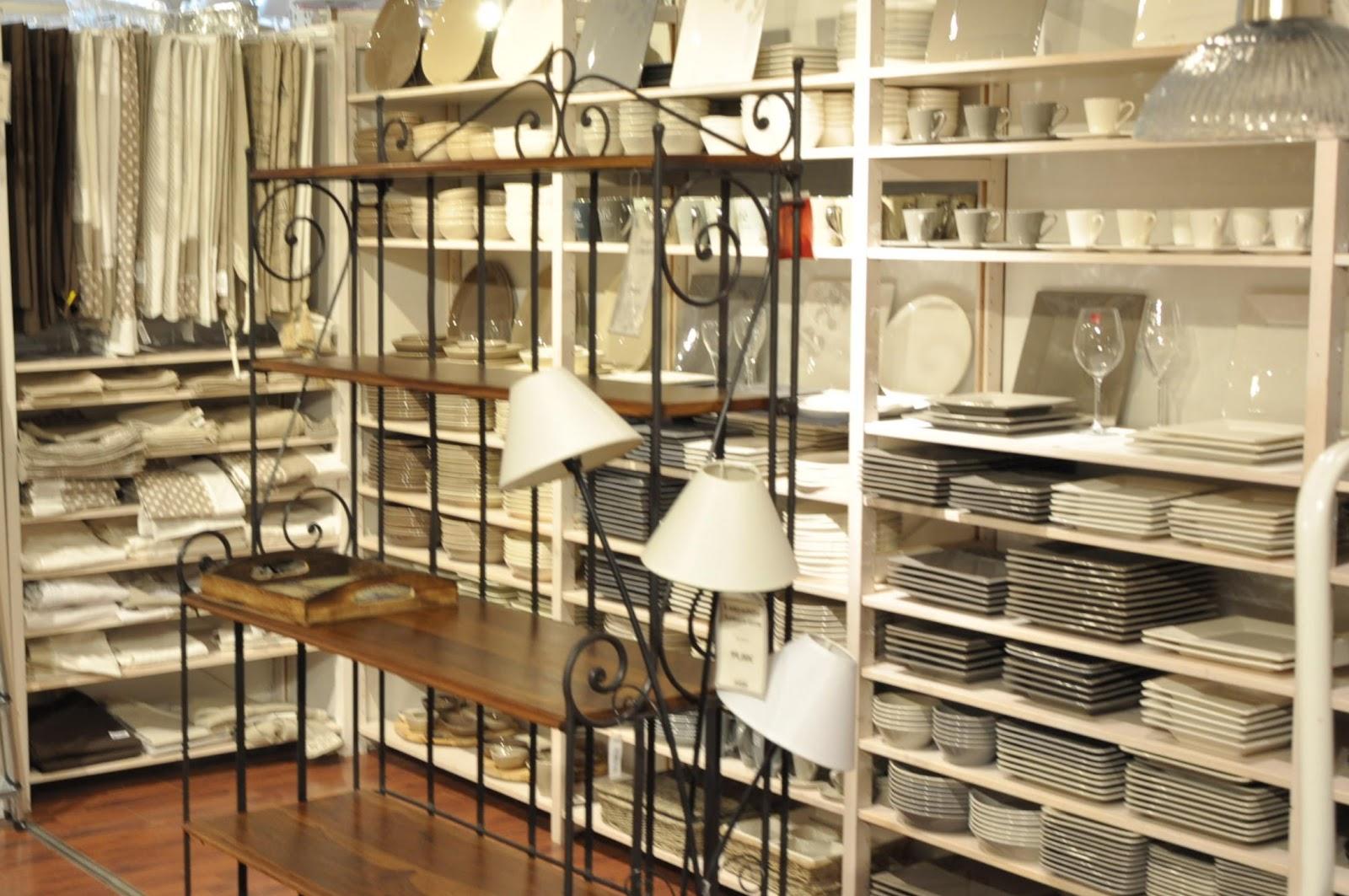 cool maison du monde vendenheim with maison du monde vendenheim. Black Bedroom Furniture Sets. Home Design Ideas