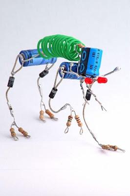 Robots hechos con circuitos de radio