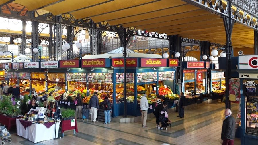 mercado-central-budapest-calle-vaci-en-pest-hungria