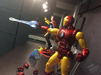 Toy Fair 2017 Mezco One:12 Collective Marvel Comics Iron Man