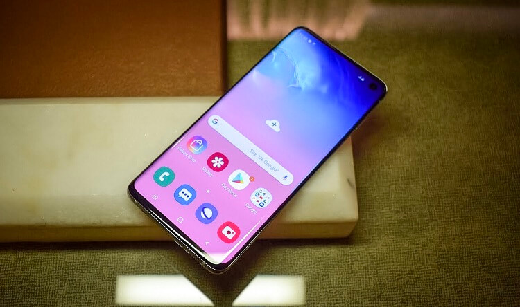 Samsung Launches Galaxy S10