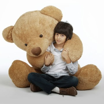 Cutie Chubs Giant Teddy bear in sizes up to 6 feet tall