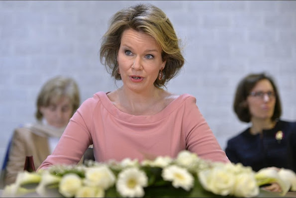 Queen Mathilde of Belgium visited the Campus Diepenbeek of the UHasselt university this morning, February 23, to learn about the functioning of the Flemish Interuniversity Council for University Development