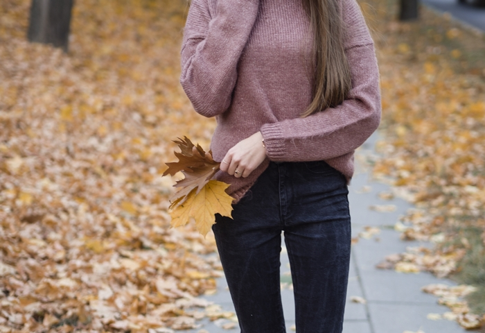 piękny sweter na jesień