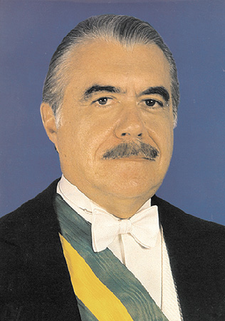 Governo José Sarney (1985-1990)