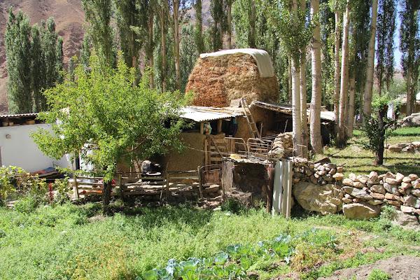 Tadjikistan, Haut-Badakhshan, Garam Chashma, © L. Gigout, 2012