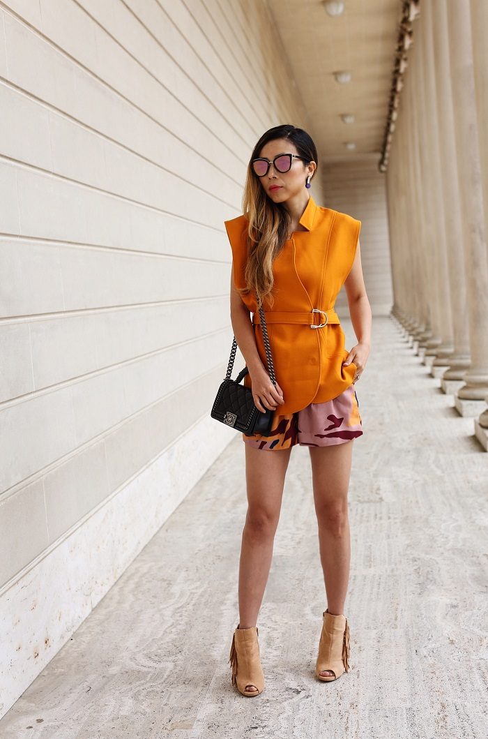 cmeo collective stay cool top, cmeo collective for the people floral shorts, cmeo collective, orange outfit, summer style, chanel boy bag, fringe booties, quay sunglasses, san francisco street style, nyc fashion blog