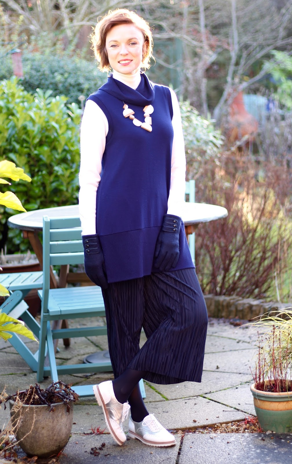 3 ways to Hide those Extra Pounds | Navy Culottes, White poloneck & Brogues
