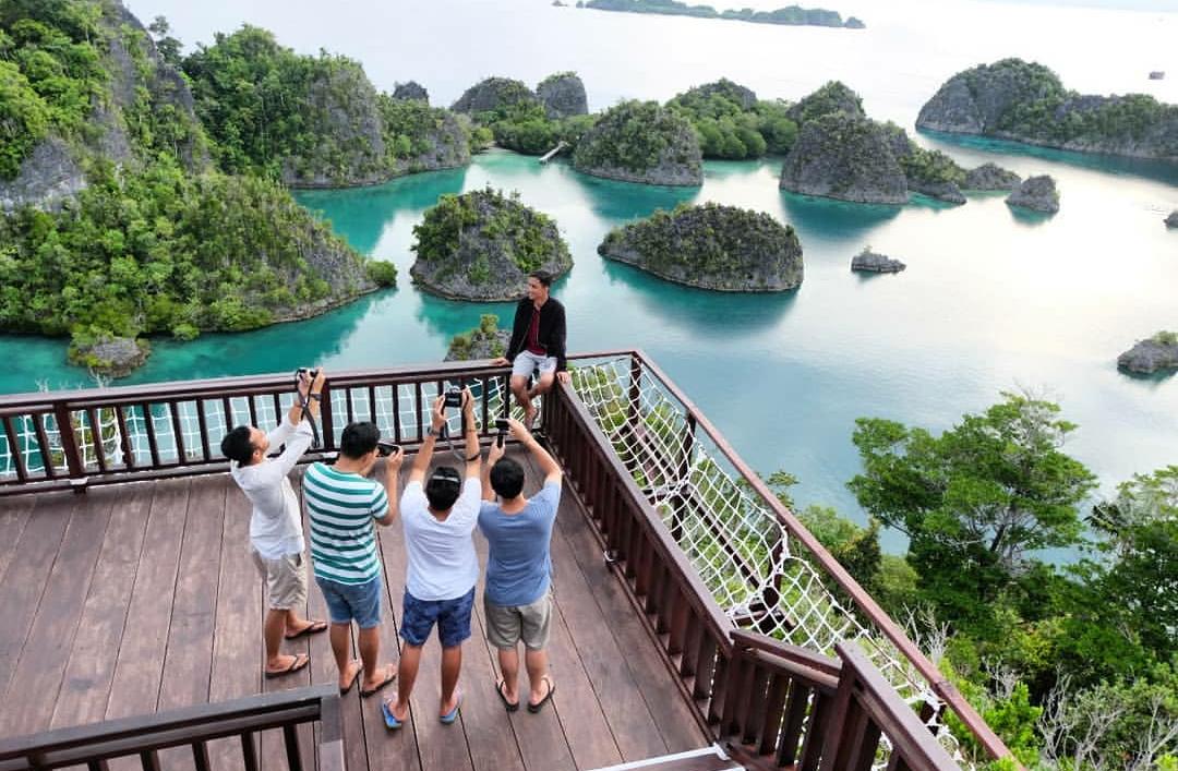 Wisata Raja Ampat Papua Dengan Fasilitas Yang Mendunia Sigerblogger