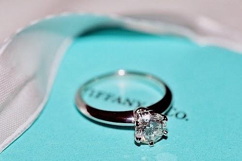 4262dc320a388 Tiffany  Anéis de noivado e Alianças - Noiva com Classe
