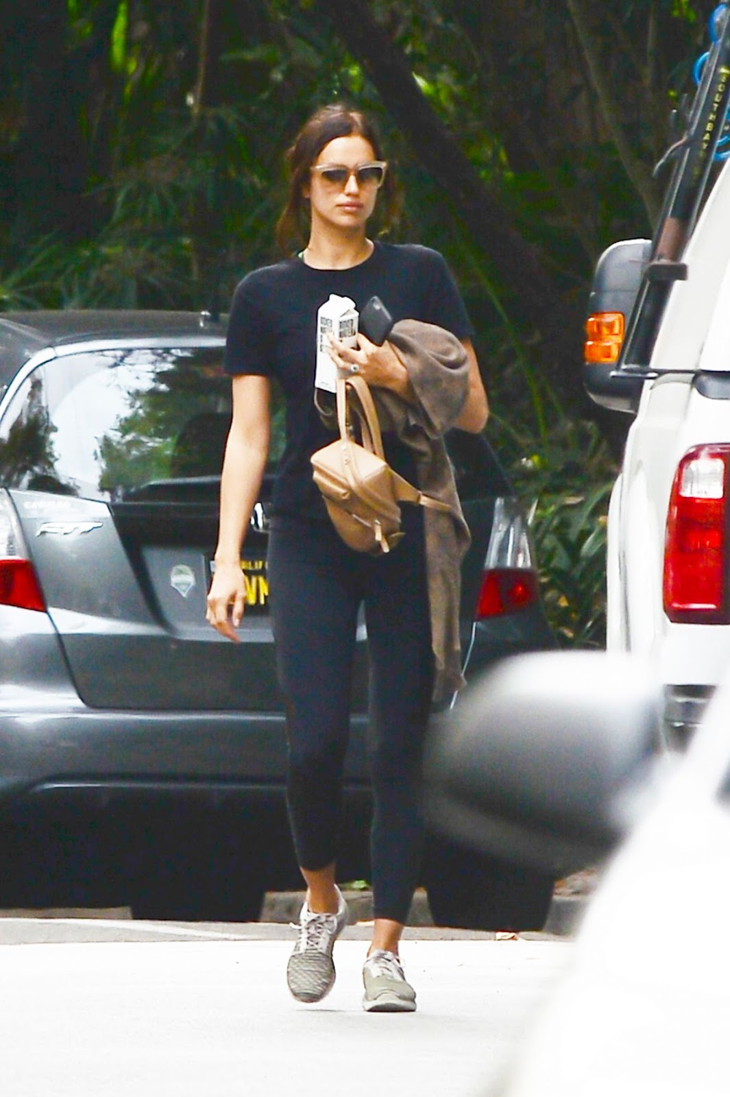 Photos of Irina Shayk without makeup Heading to a Gym in Los Angeles