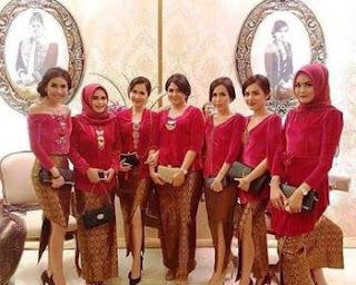 baju batik keluarga buat lebaran