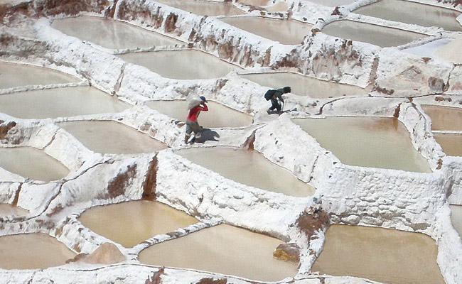 www.xvlor.com Salinas de Maras is salt-making field since pre-Inca in Sacred Valley