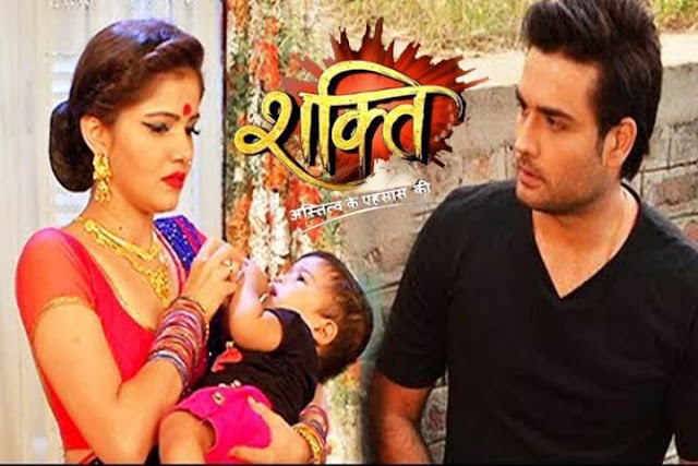 Shakti Astitva Ke Ehsaas Ki: Soumya takes Saya's help to fight for motherhood rights