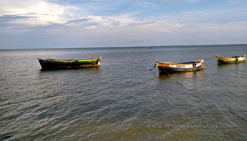 Boats at Sacred sea - Agni Teertham, Rameshwaram, Tamil Nadu