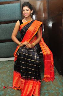 Model Sangeeta Kamath Pictures in Saree at Silk India Expo Curtain Raiser  0058.JPG