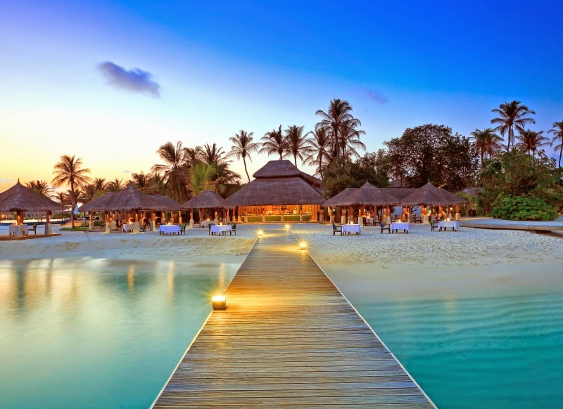 Maldives Island Resort Wallpaper