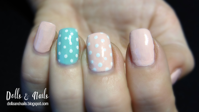 Pastel dotted nails
