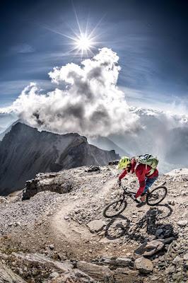Trail Singletrail Mountainbike Serles