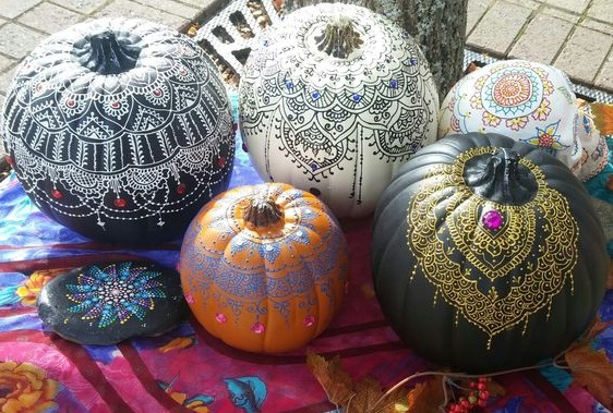 Boho halloween decor | Boho pumpkins