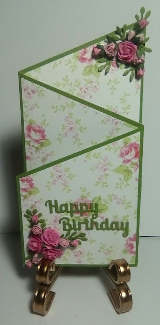 Cotswold Crafter Monday Card Challenge  TriFold Card