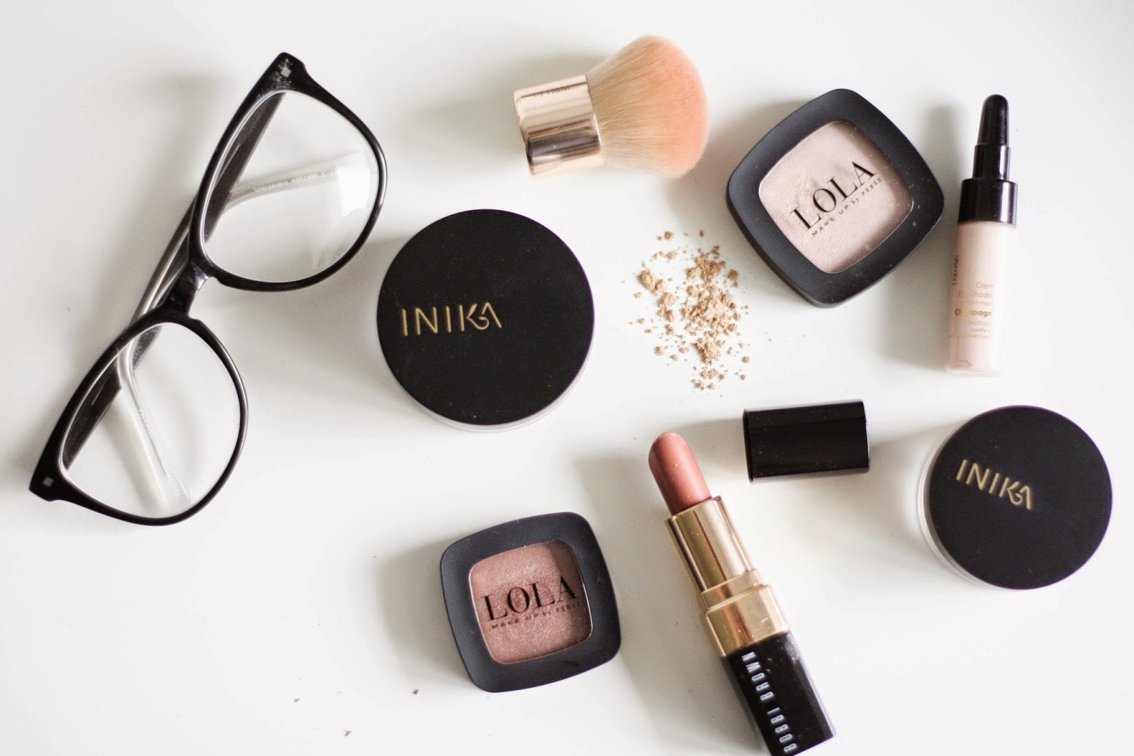 Nude make-up picks