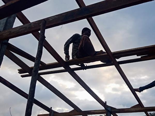Vasara ja nauloja - rakennusprojekti Thaimaassa