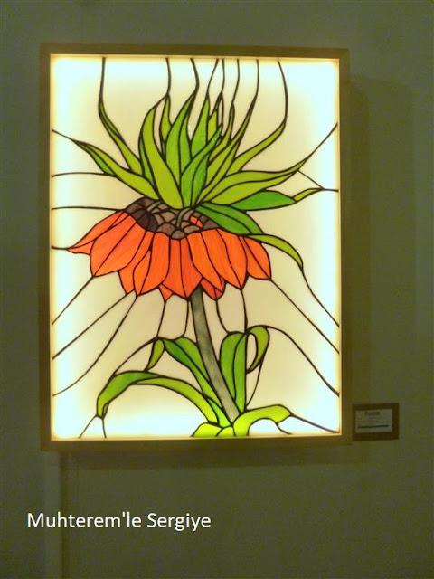 vitray ters lale motifi