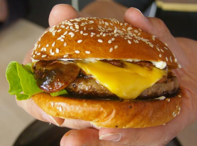 black goku burger
