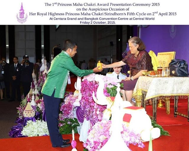Herwin Hamid menerima Penghargaan Maha Chakri Award dari Kerajaan Thailand