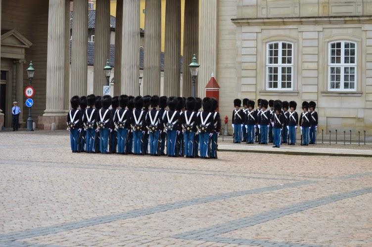 guards, bear cap, blue, denmark, chateau, dánsko kodaň, copenhagen