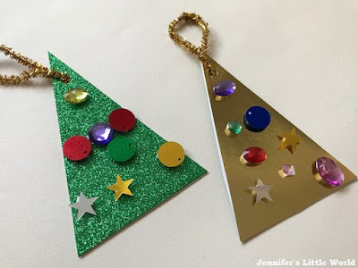 Simple Christmas tree decoration for children to make