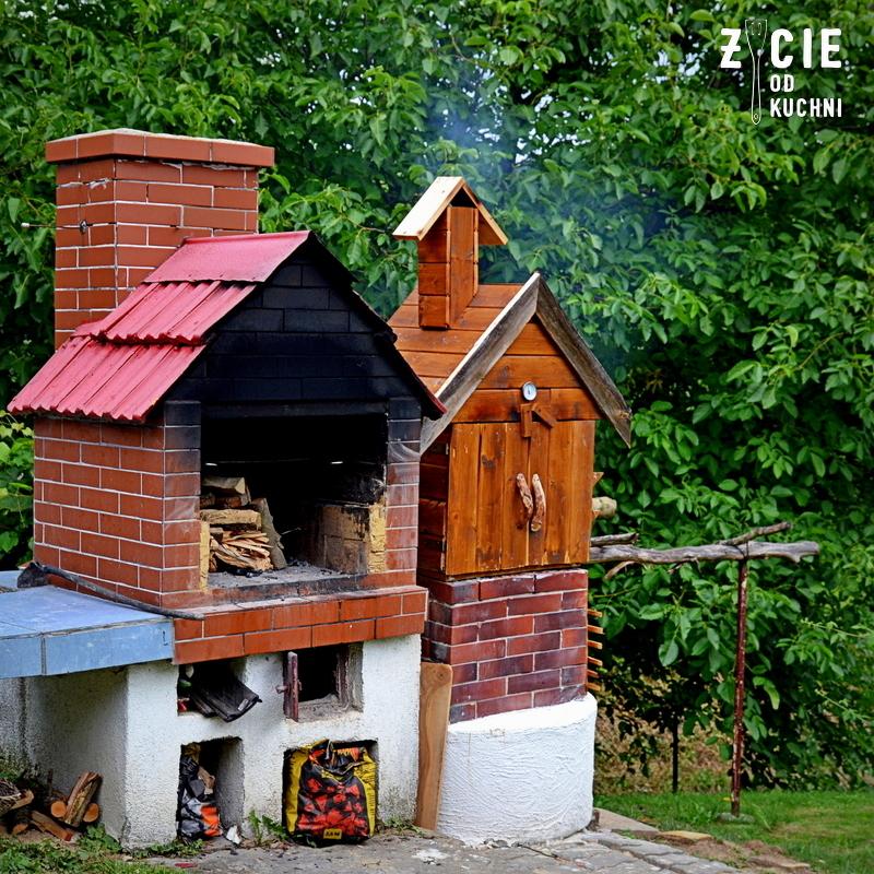 wedzarnia, domowa wedzarnia, wedzarnia w ogrodzie, ogrodowa wedzarnia, grill w ogrodzie, wedzenie, ser wedony, zycie od kuchni