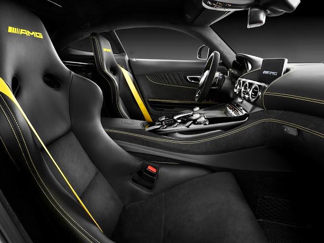 「メルセデスAMG GT R」が日本発売!公道走行可能なレーシングモデル、価格は2300万円に。