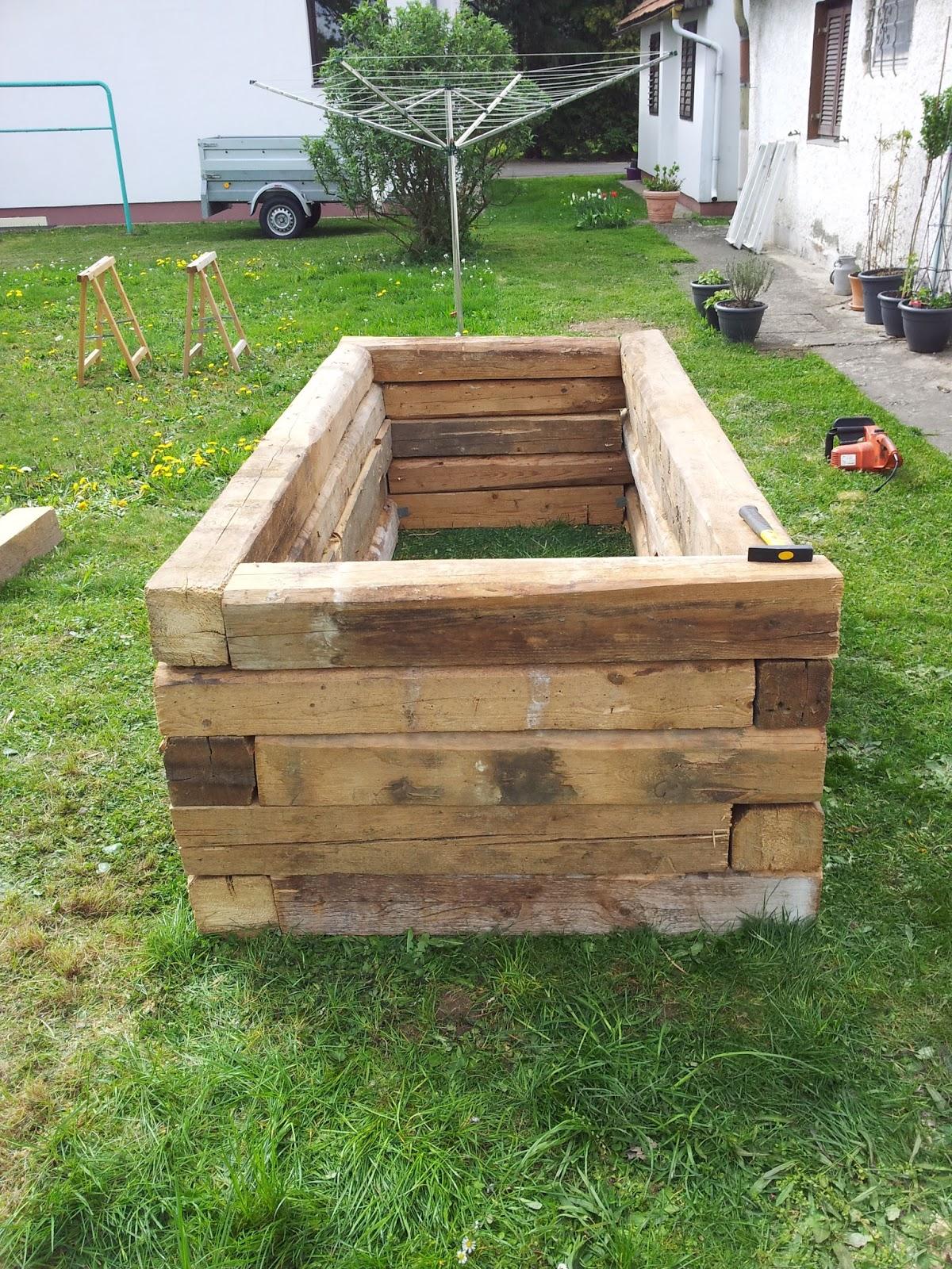 hochbeet bepflanzen hochbeet bepflanzen so w chst das gem se hochbeet bepflanzen. Black Bedroom Furniture Sets. Home Design Ideas