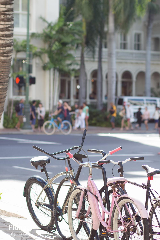 Bikes in Waikiki