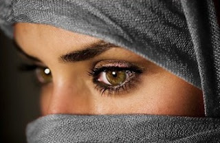 woman from Saudi Arabia - veiling