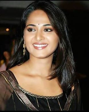 Smiling Beauty Anushka
