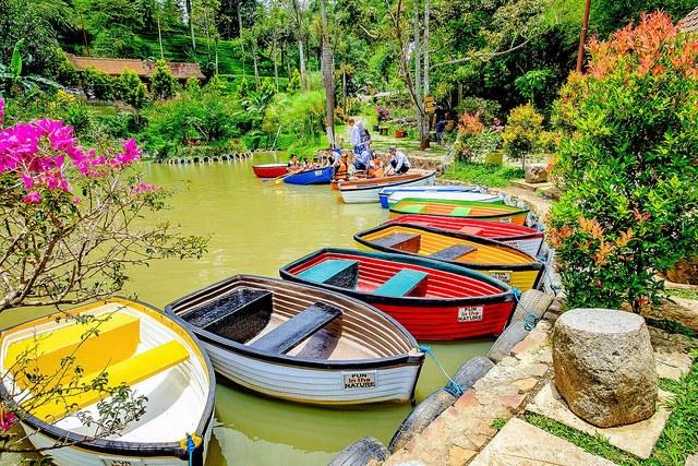 8 Tempat Wisata Alam Baru Yang Keren Abis Di Bandung Informasi