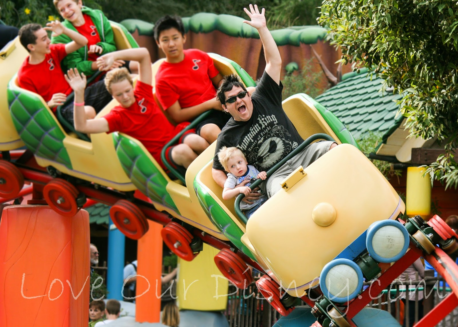 Is there anything at Disneyland Resort that is free/included besides rides? LoveOurDisney.com has the answer