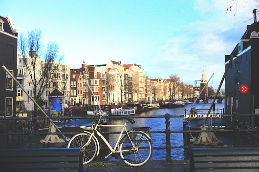 And so, I blog: Nat In Amsterdam