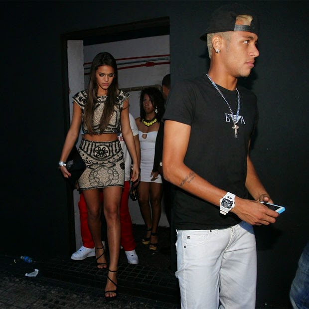 ALL SPORTS PLAYERS: Neymar Jr Girlfriend Bruna Marquezine 2014Bruna Marquezine And Neymar